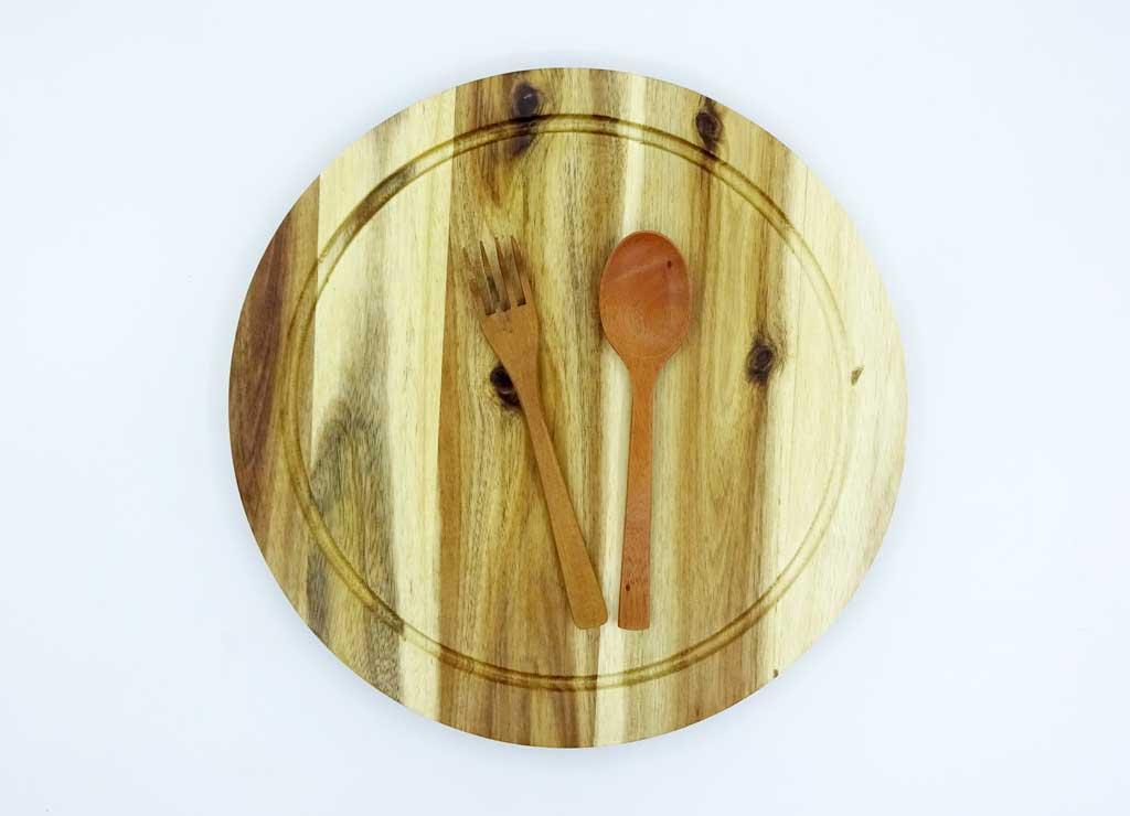 thớt gỗ tròn có rãnh