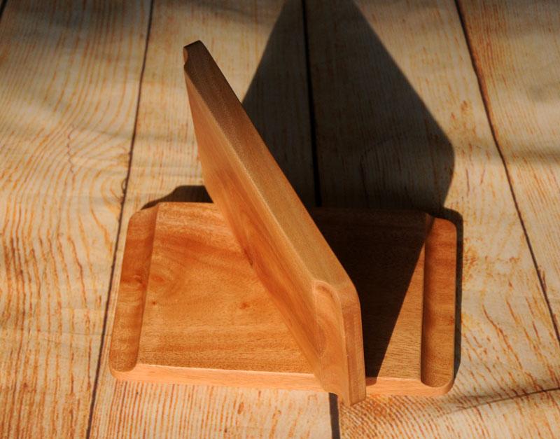 khay gỗ có khe cầm